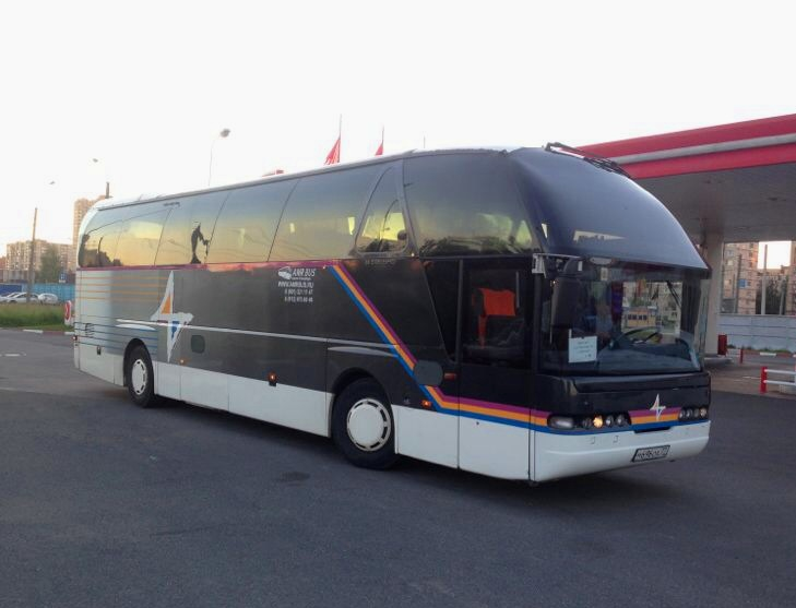 Neoplan М 696 ОА 77